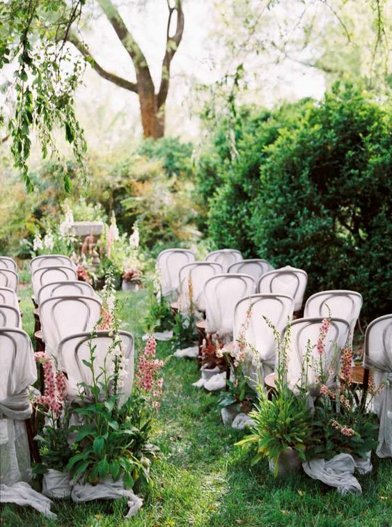 Outdoor wedding trends 2021