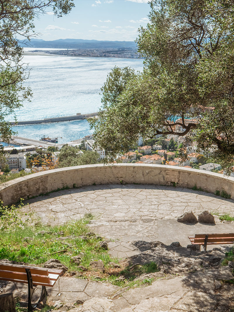 intimate elopement south of France Nice